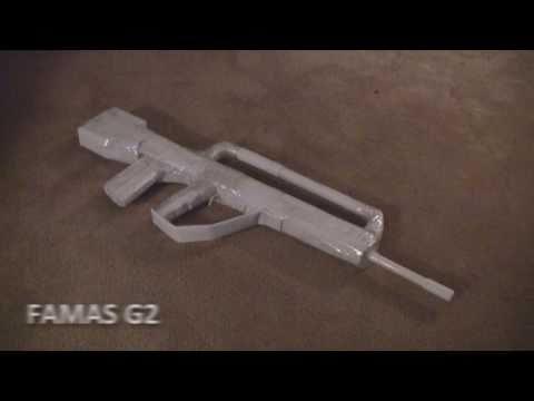 Paper Guns   FAMAS G2