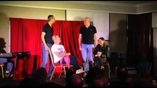 """תיאטרון בסלון גאה להצחיק: קומיקזה - כל הקודם צוחק!  באירוע למו""""פ של טבע"""