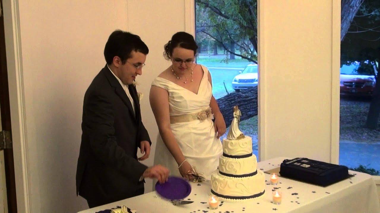 Cutting the Wedding Cake - YouTube