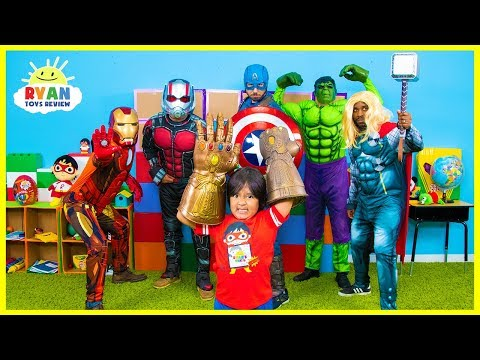 Смотреть Ryan and Marvel Avengers EndGame Superheroes finds Infinity Stones онлайн