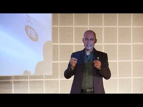 "Bertrand Piccard - Keynote Speaker ""The Life of a Pioneer"""