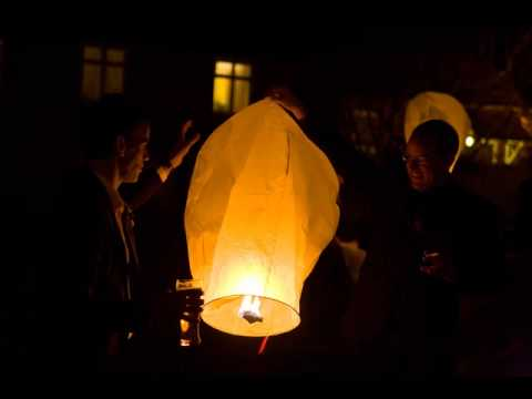 sky lanterns as wedding lanterns