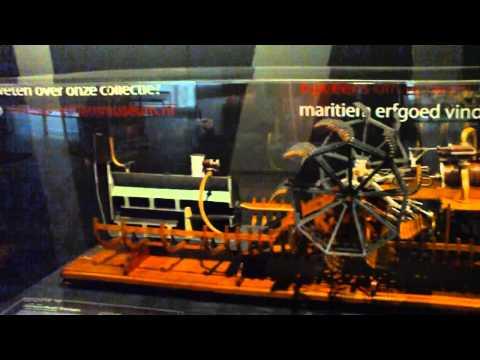 Maritime Museum Rotterdam - no glasses needed