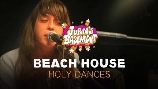 Play Holy Dances