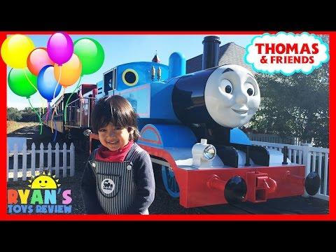 THOMAS AND FRIENDS Train Rides for kids Thomas Land Edaville USA amusement park Ryan ToysReview
