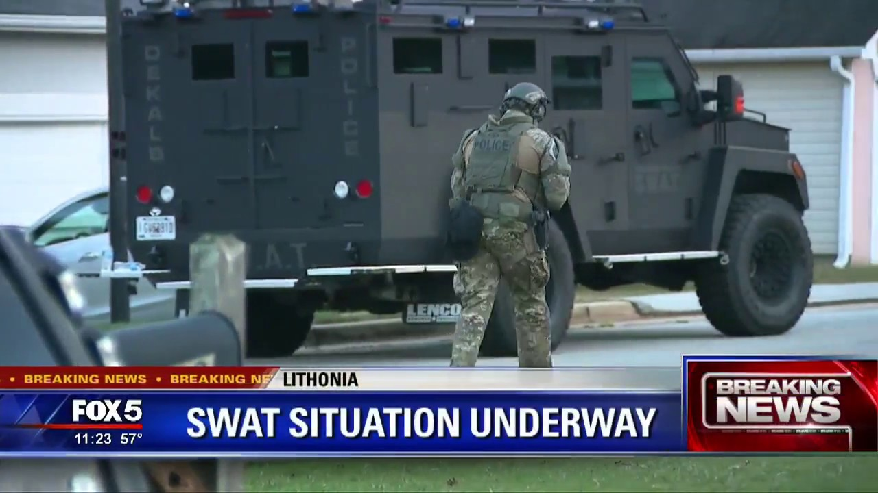 SWAT standoff shuts down DeKalb County neighborhood