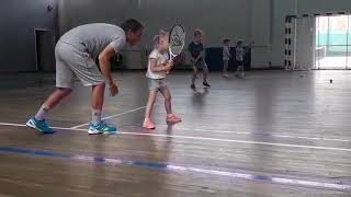 Пошаговые уроки тенниса с первой тренировки! С чего начать детям изучение техники игры в теннис???