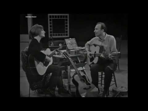 Pete Seeger & Judy Collins – Turn, Turn, Turn (1966)