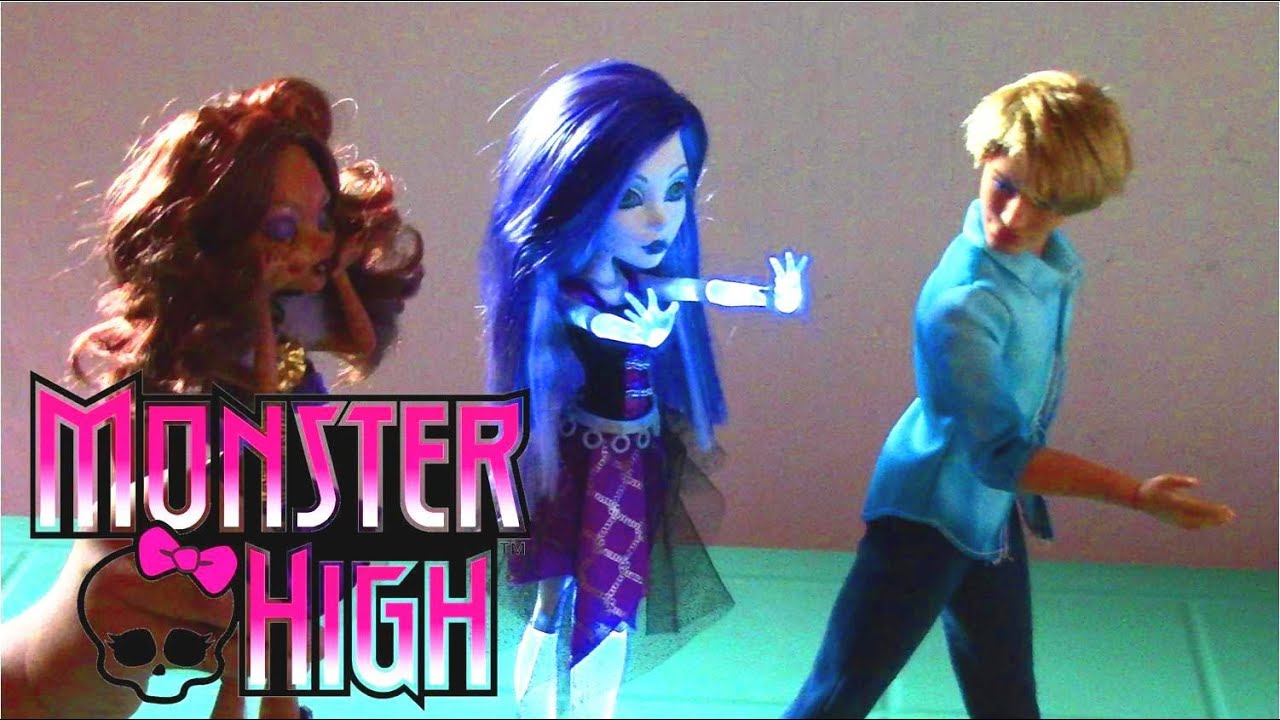 Monster High Ghoul's Alive Spectra Vondergeist Doll - Monster High Doll Collection 2