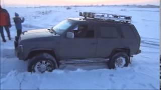 Террано и Паджеро по снегу на спущенных до 0,1 атм. колесах