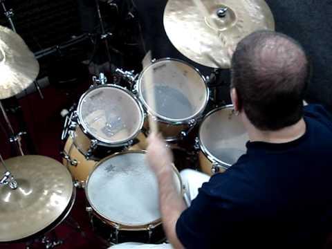 Drumset Artists of Brazil - Modern Drummer (September 2009)
