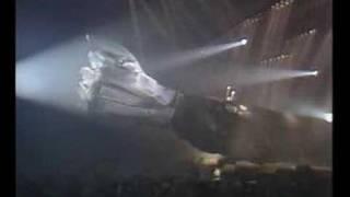 Hallyday - Intro Zénith 84