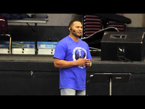 Tray Speaking at Calvary Outreach