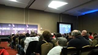 Karl Urban reads out of Dredd comic