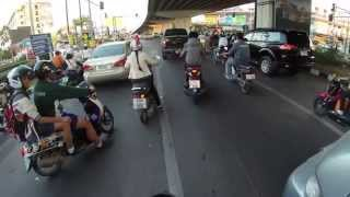 Why I Love Driving a Motorbike in Thailand