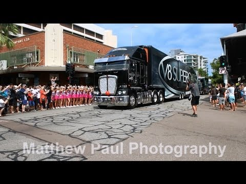 2014 V8 Supercars - Transporters Parade - Darwin [HD]