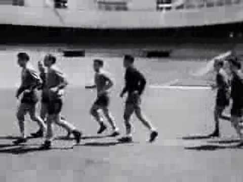Pepe Villalonga y Di Stéfano Real Madrid vestuario y entrenos (1956)