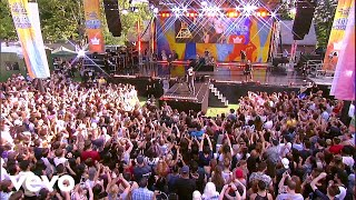 My Songs Know What You Did In The Dark Light Em Up Live On Good Morning America
