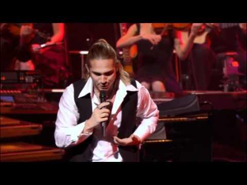 Yanni - Bajo El Cielo De Noviembre (November Sky) live 2009 HD