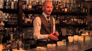 What Kind Of Ice To Use In Your Drink - Speakeasy Cocktails