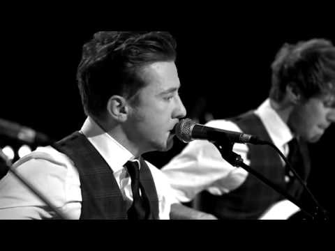 McFly- Room on the 3rd Floor acoustic