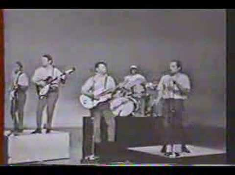 Beach Boys  Papa Oom Mow Mow , Johnny B Good 1964
