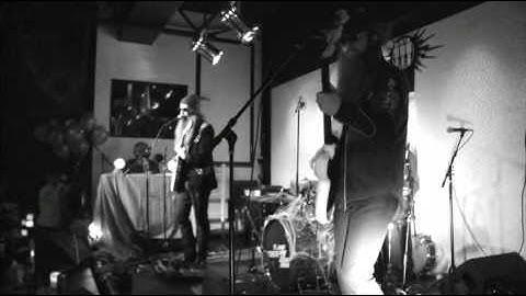 the greenhornes  live at third man records devils night