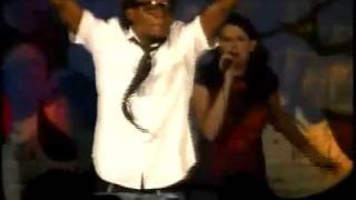 "Travis Greene singing ""Prove My Love"" 2009"