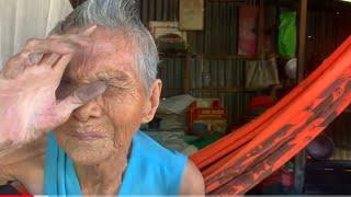 Ngoại 5 Cô Đơn 94 tuổi sống một mình bởi bọn Pol Pót Khmer Đỏ gi.ế.t sạch dòng họ của bà...!