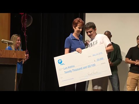 South Florida student wins $20,000 robotics scholarship from FPL