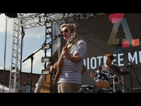 Download Youtube: Hoops - La La La | Audiotree Music Festival 2017