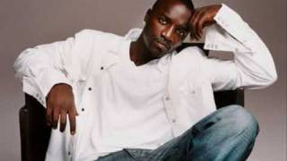 Akon ft Sweet Rush - Troublemaker (Lyrics)