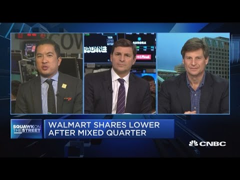 Walmart shares drift lower after mixed earnings