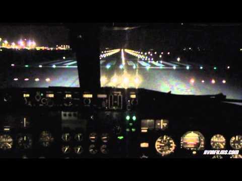Inside Boeing 737 flight deck (cockpit) take-off