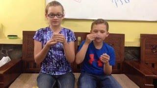 American Kids Try Nyam Nyam, Teh Pucuk Harum, and Black Black Gum | Sarah and Seth 06