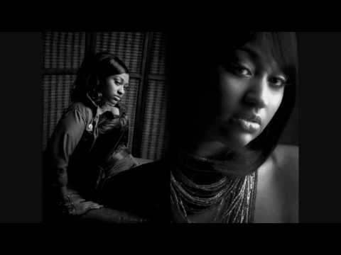 Jazmine Sullivan: holding you down (lyrics)