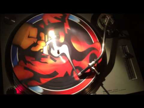 Tha Playah vs DJ Mad Dog - Enter The Time Machine (DJ Mad Dog mix)