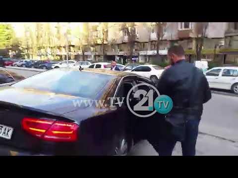 Gruevski kokëulur del nga kuvendi!