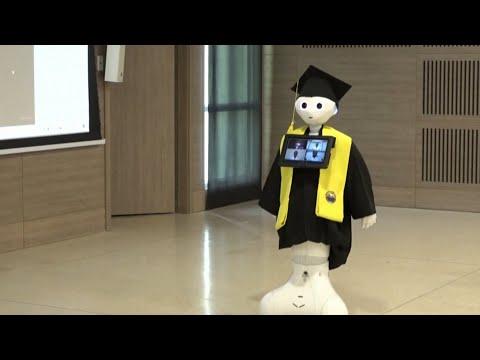 Robot 'Graduates' From College | Coronavirus News for April 22, 2020
