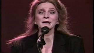 "Video Judy Collins - ""Farewell to Tarwathie"" download MP3, 3GP, MP4, WEBM, AVI, FLV November 2017"