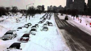 Chicago blizzard 2011 closes Lake Shore Drive HD