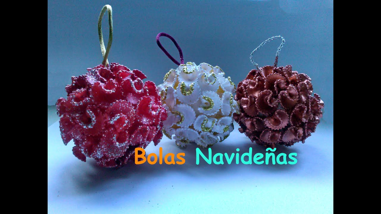 Bola navide a de pasta manualidades navidad youtube for Como decorar bolas de corcho blanco