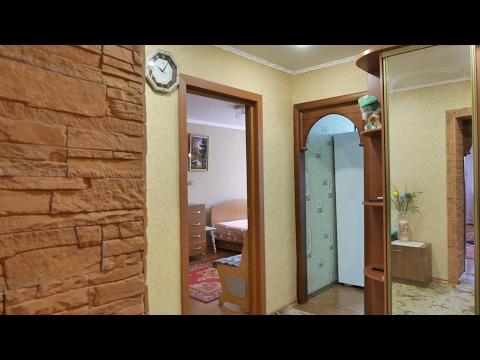 Трехкомнатная квартира с хорошим ремонтом и мебелью в кирпичном доме в Юдино