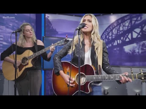Ashley King - Interview with Bailey Hefley on The Vine about opening for Trace Adkins