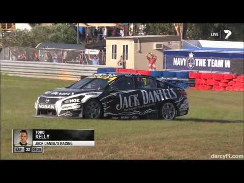 V8 Supercars 2013 Darwin Mostert, Kelly Kollision