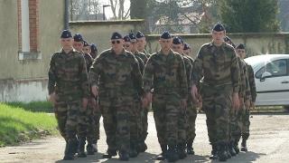 France : le service militaire volontaire, un tremplin pour l'emploi des jeunes