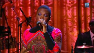 "India Arie performs ""Summer Soft"" at the Gershwin Prize for Stevie Wonder"