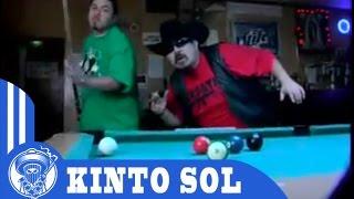 Kinto Sol - NOS LA JUGAMOS (Music Video)