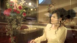 高田ひとみ「恋色の甘いブルース」PV