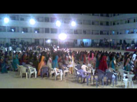 Ellenki college freshers party - YouTube